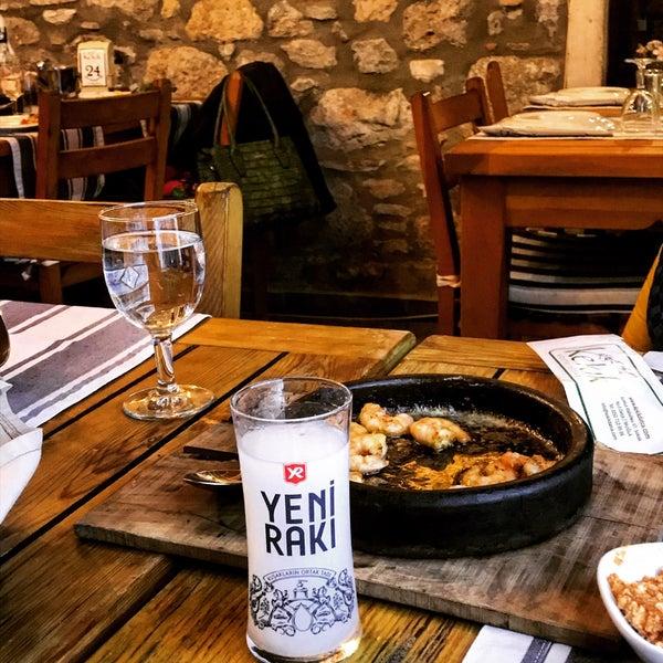 2/24/2018 tarihinde Kemal A.ziyaretçi tarafından Kekik Restaurant'de çekilen fotoğraf