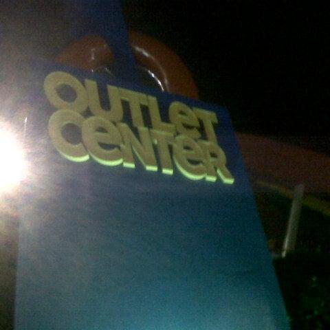 11/11/2012 tarihinde Tuba Y.ziyaretçi tarafından Outlet Center'de çekilen fotoğraf