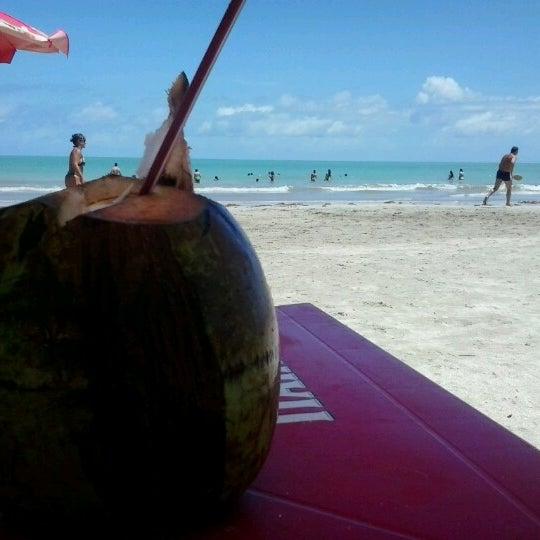 Foto tirada no(a) Praia de Paripueira por Pietra C. em 11/11/2012