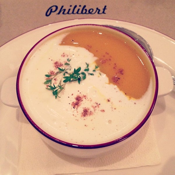 Снимок сделан в Philibert пользователем Elena G. 9/17/2012
