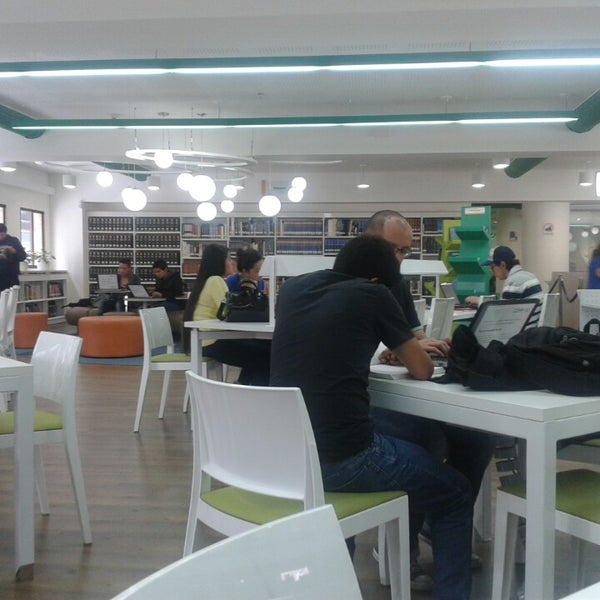 Photo taken at Biblioteca Juan Roa Vásquez by Daniel Alejandro G. on 4/26/2014