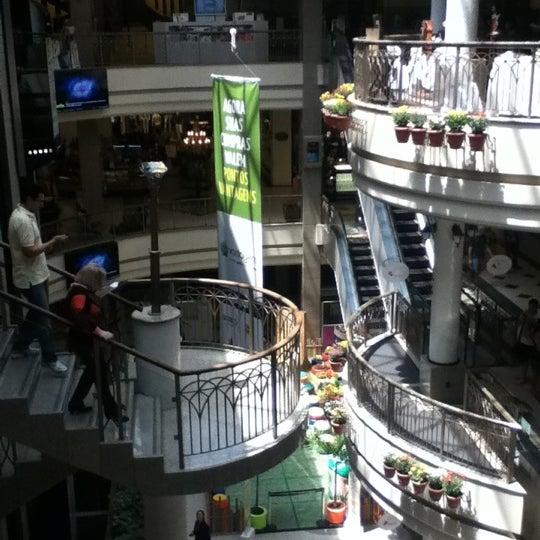 Foto tirada no(a) Shopping Del Paseo por Clara em 10/6/2012