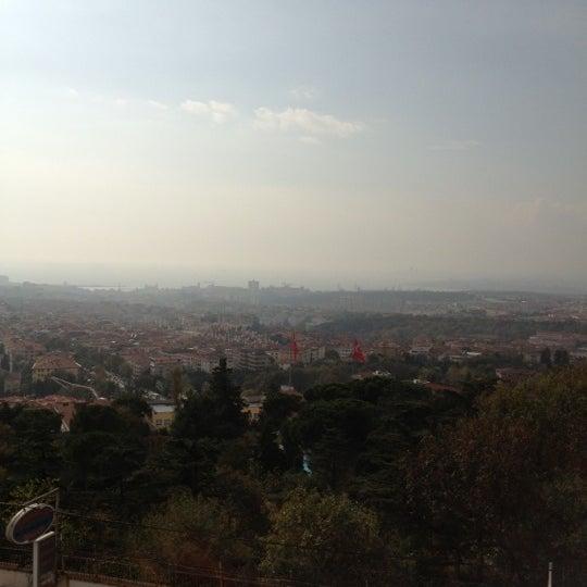 11/3/2012 tarihinde Mevlütziyaretçi tarafından Hacegan Restaurant'de çekilen fotoğraf