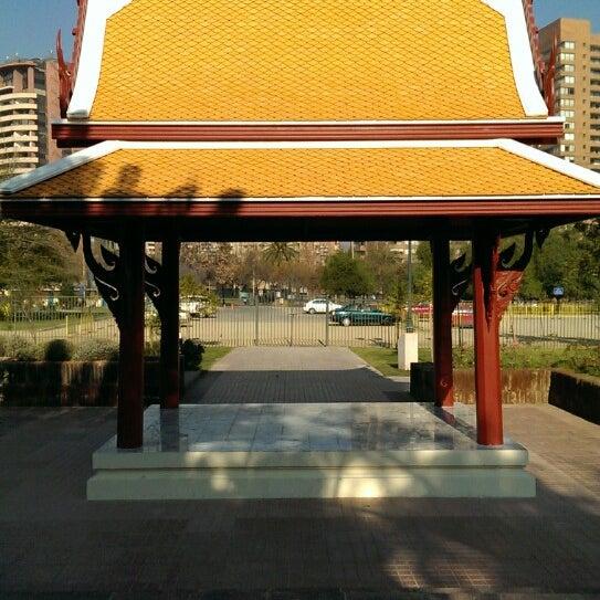 plaza tailandia parque araucano las condes santiago de. Black Bedroom Furniture Sets. Home Design Ideas