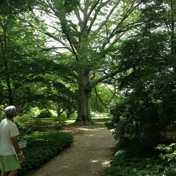 Photo taken at Planting Fields Arboretum by Michelle F. on 7/3/2013