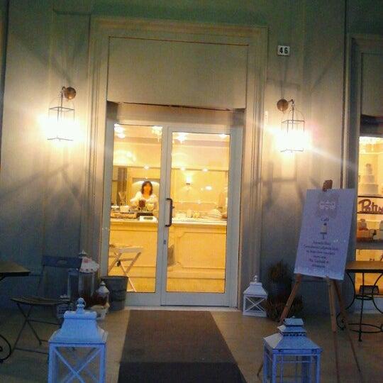 11/16/2012에 Giovanni M.님이 Antonella Dolci e Caffé에서 찍은 사진