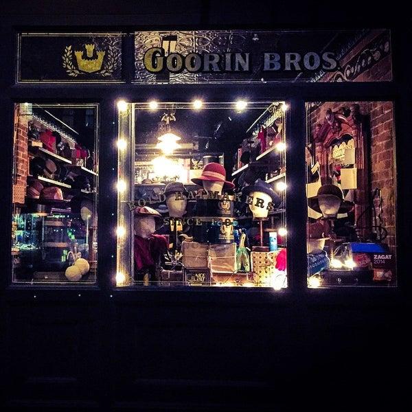 Снимок сделан в Goorin Bros. Hat Shop - West Village пользователем Mark N. 12/25/2014