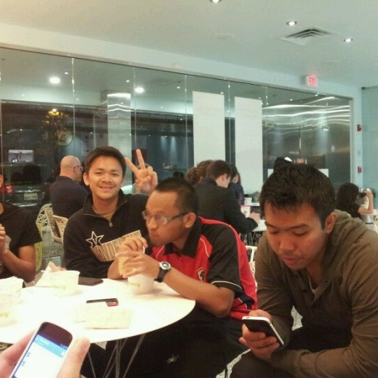 Photo taken at Pinkberry by Izany S. on 5/12/2013