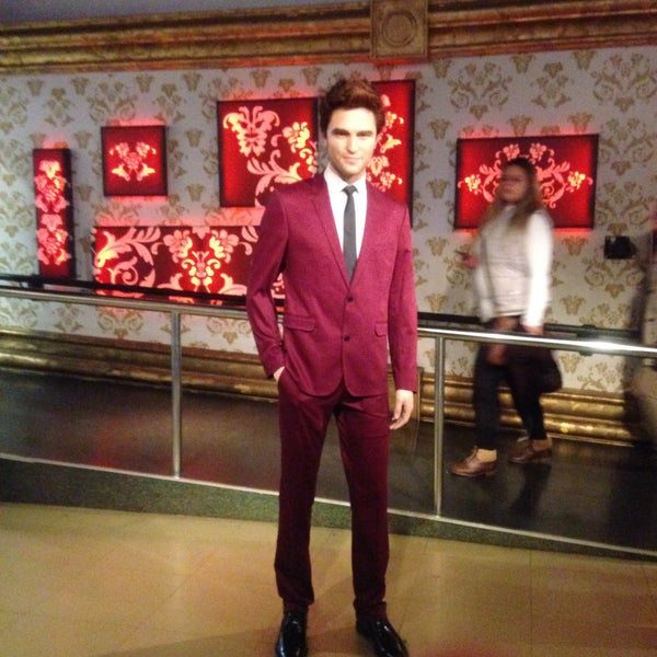 Photo taken at Madame Tussauds by Jackie C. on 1/6/2015