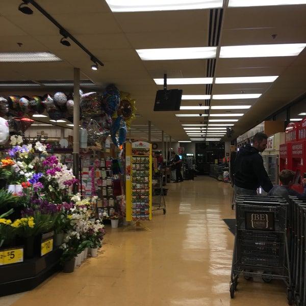 Qfc Supermarket In Moss Bay