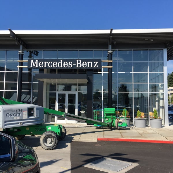 Mercedes-Benz of Bellevue - 9 tips