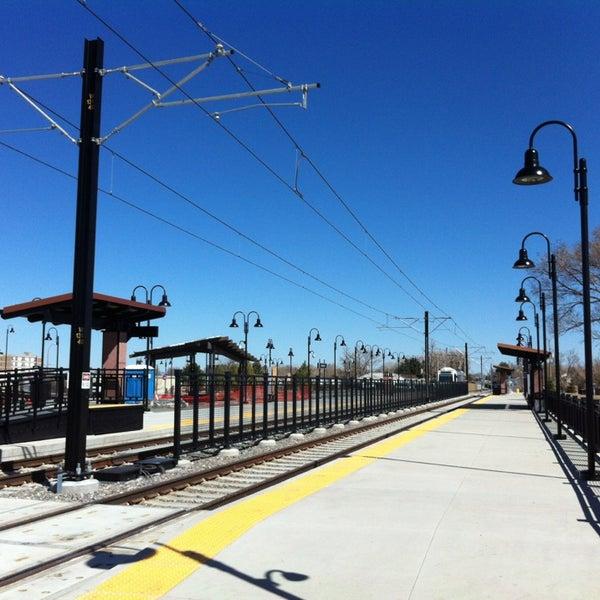 Oak Light Rail Station