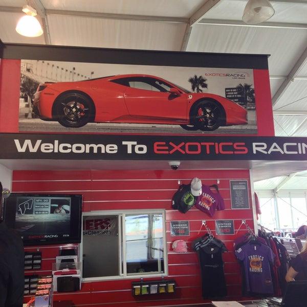 Foto tirada no(a) Exotics Racing por Debbie em 6/13/2013