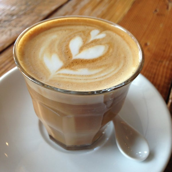 Foto tomada en Gaslight Coffee Roasters por Tony H. el 1/31/2013