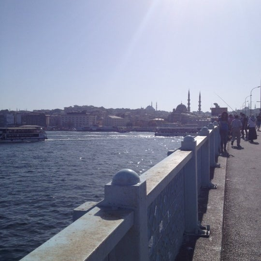 รูปภาพถ่ายที่ Galata On Numara โดย Emre เมื่อ 10/16/2012