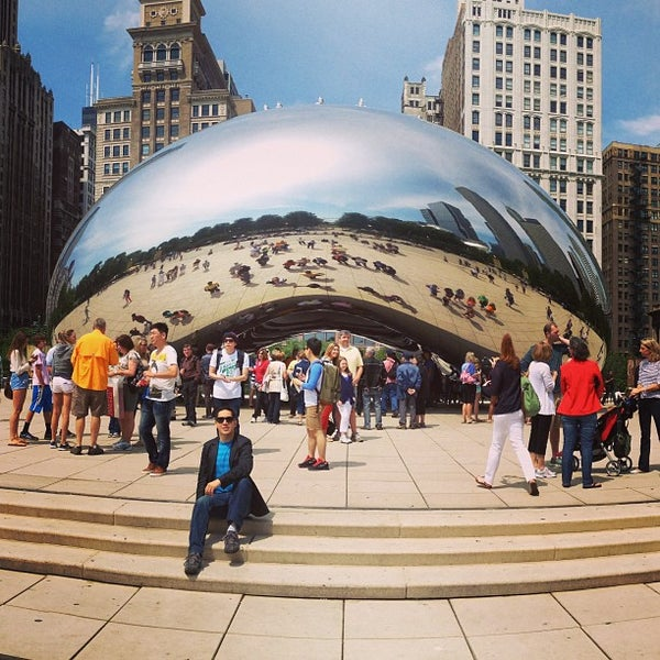 Photo taken at Cloud Gate by Anish Kapoor by Luis R. on 6/14/2013