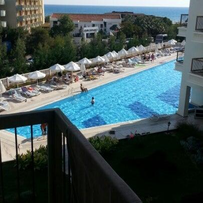 10/11/2012 tarihinde Ordódi G.ziyaretçi tarafından Royal Atlantis Spa & Resort'de çekilen fotoğraf