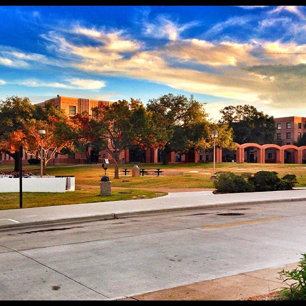 Photo taken at The Quad by Fernando G. on 11/22/2012