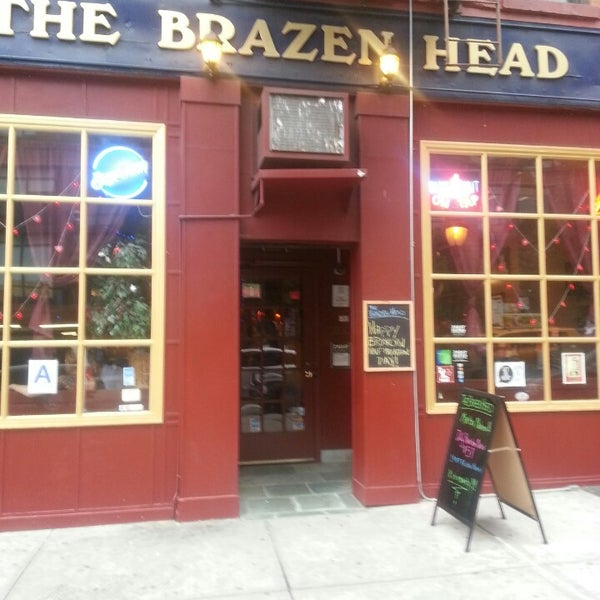 Photo taken at The Brazen Head by Stephanie R. on 5/18/2013