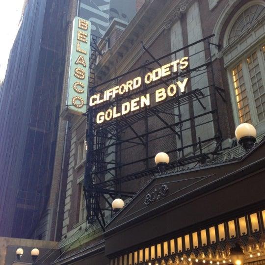 รูปภาพถ่ายที่ Belasco Theatre โดย Tim P. เมื่อ 11/17/2012