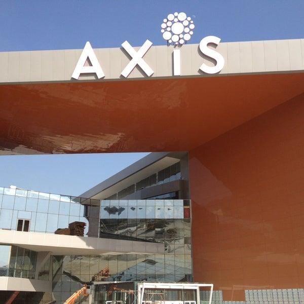 5/18/2013 tarihinde Ahmet S.ziyaretçi tarafından Axis'de çekilen fotoğraf