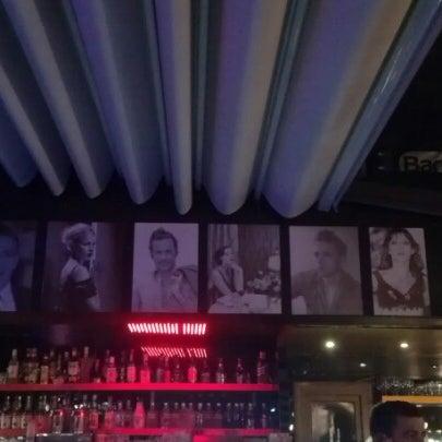10/18/2012 tarihinde Canberk D.ziyaretçi tarafından Flz Cafe & Restaurant'de çekilen fotoğraf