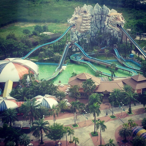 Photo taken at Siam Park City by Михаил М. on 11/13/2012