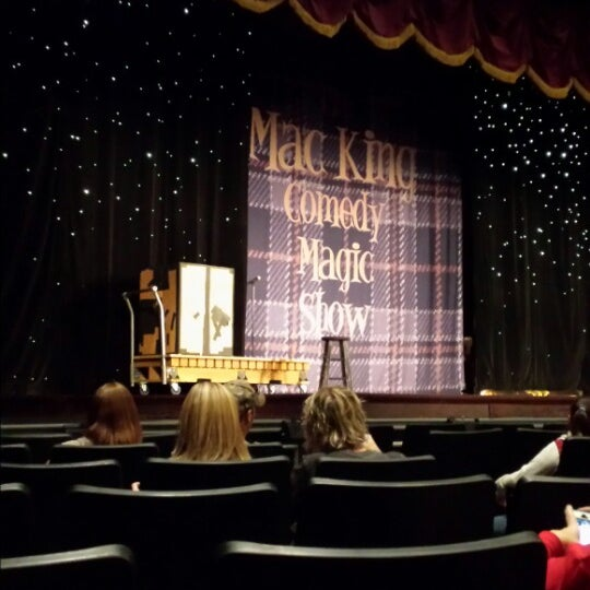 Photo taken at The Mac King Comedy Magic Show by PJ ✈. on 1/16/2015