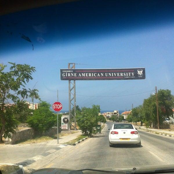 Снимок сделан в Girne American University пользователем Ayse G. 6/16/2013