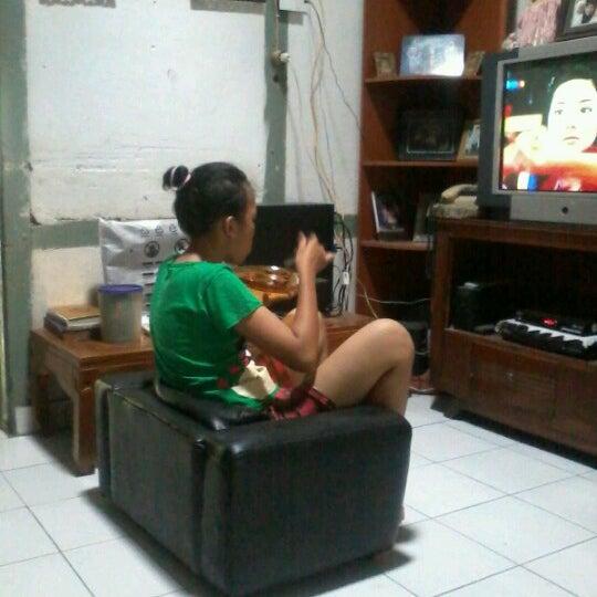 Photo taken at Ruangan Santai ( N0nt0n TV ) by rizka a. on 10/30/2012
