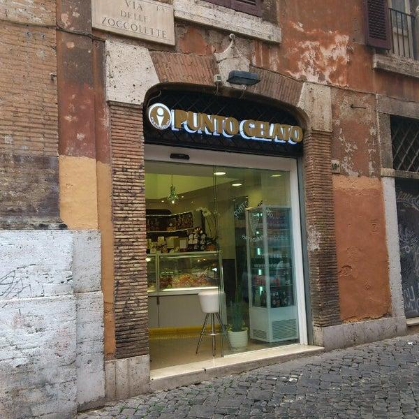 Photo prise au Punto Gelato par Adalberto S. le5/1/2013
