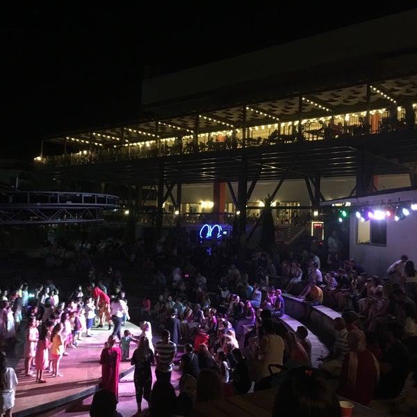 รูปภาพถ่ายที่ Ulu Resort Hotel โดย Koray Ç. เมื่อ 8/18/2017