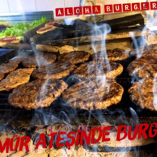 3/22/2017 tarihinde Aloha Burger &.ziyaretçi tarafından Demora Hotel'de çekilen fotoğraf