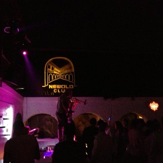 10/25/2012 tarihinde Burçin A.ziyaretçi tarafından NewOld Club'de çekilen fotoğraf