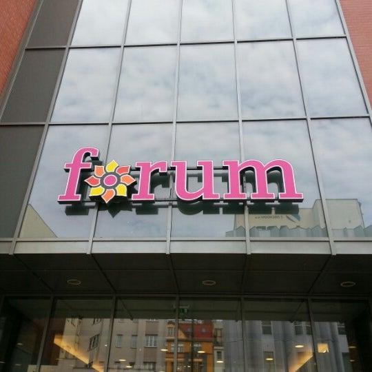 Photo taken at OC Forum by Honza J. on 9/23/2012