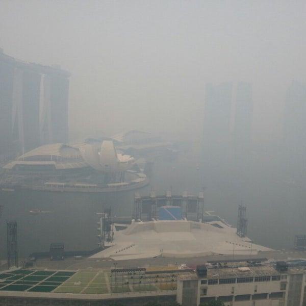Photo taken at The Ritz-Carlton Millenia Singapore by 9W8ATJ@Alister on 6/20/2013