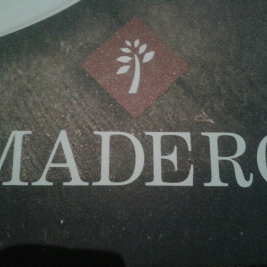 Photo taken at Madero Burger & Grill by Carolina S. on 11/3/2012