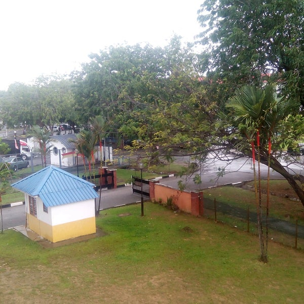 Photo taken at Seksyen 24 Shah Alam by Nidza A. on 12/11/2016