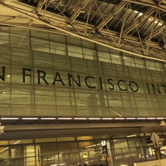 Photo taken at San Francisco International Airport (SFO) by DJ Erny on 11/14/2013