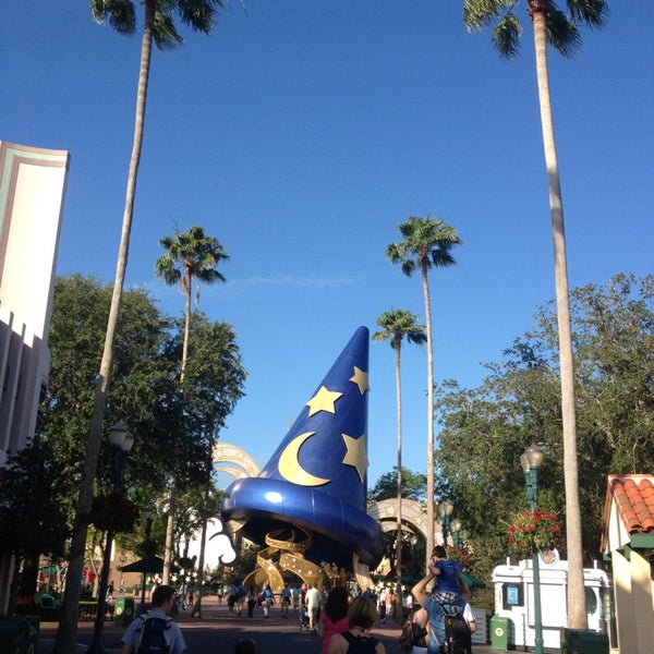 Photo taken at Disney's Hollywood Studios by Amanda T. on 4/19/2013