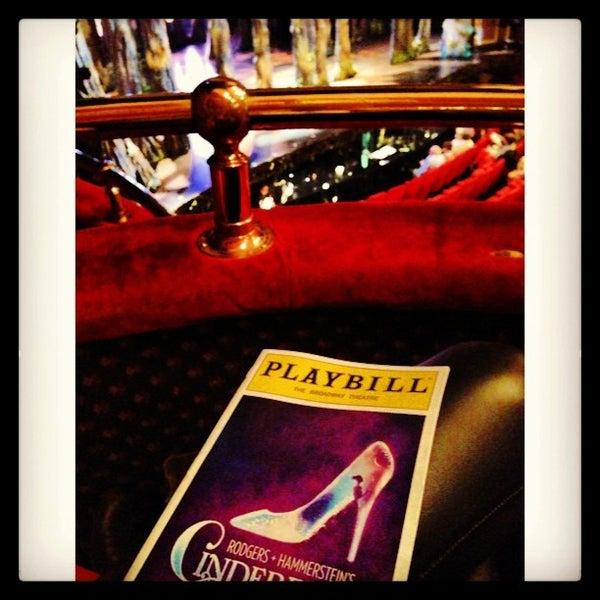 6/13/2013にJulianna P.がBroadway Theatreで撮った写真