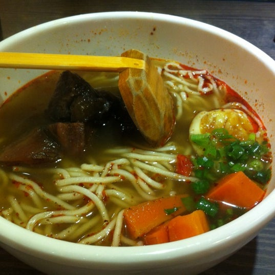 Photo taken at Dong's Beef Noodles 董家台灣牛肉麵 by JK on 11/29/2012