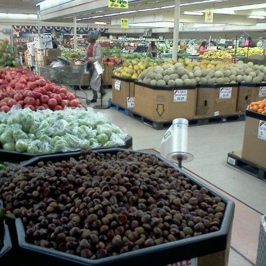 Cobb International Food Market