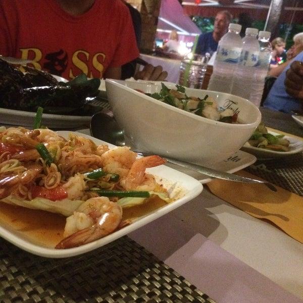 Снимок сделан в Tanta's Thai Restaurant пользователем Arvit C. 1/30/2017