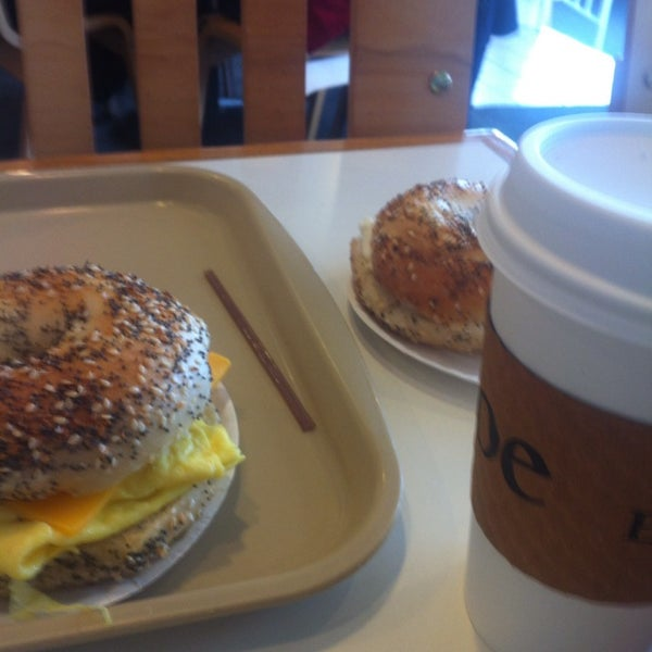 Photo taken at Bodo's Bagels by Patrick T. on 12/8/2013