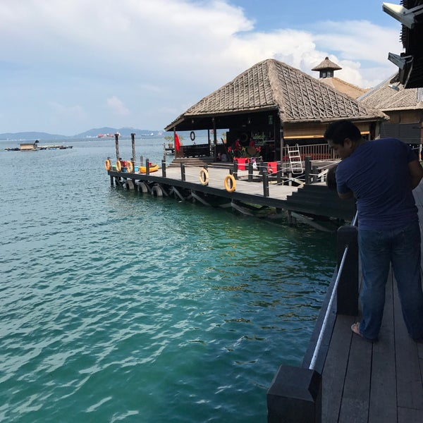 Photo taken at Gayana Eco Resort by Sharmine Mahira S. on 12/16/2016