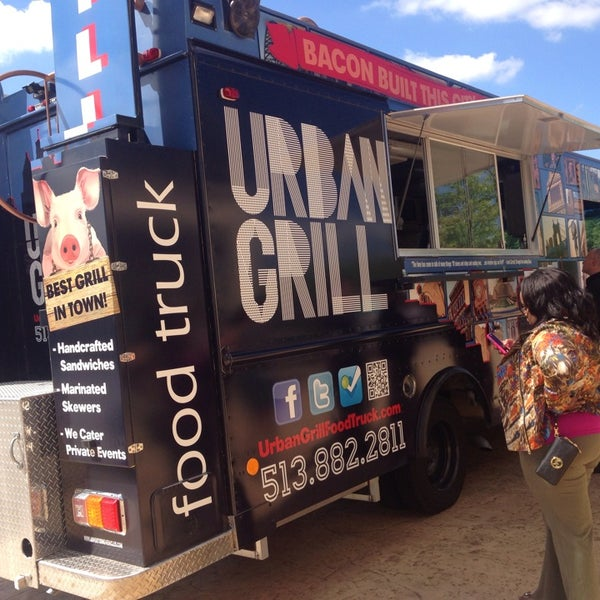 Photo taken at Urban Grill Food Truck by Chris T. on 9/4/2013