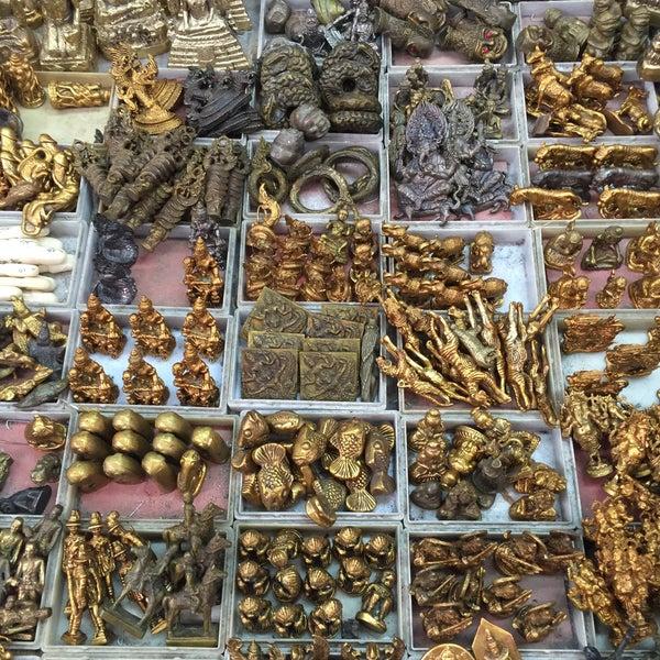 amulet market - Hobby Shop