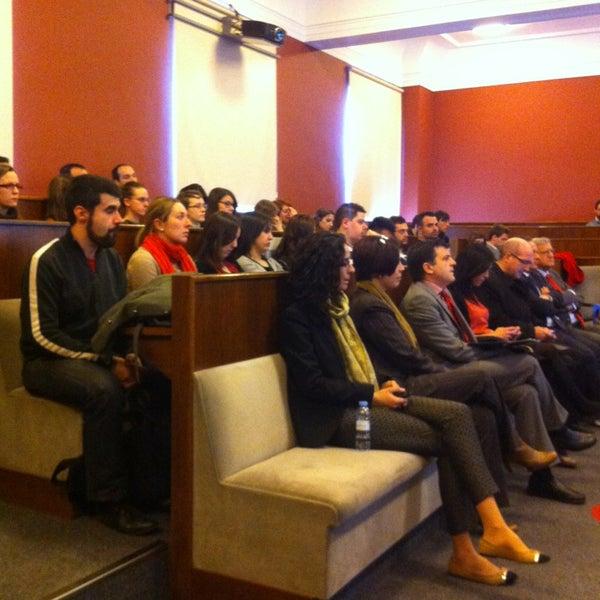 Foto tomada en Cámara de Comercio e Industria por CalvoConBarba el 2/19/2014
