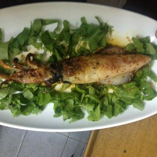 11/11/2012 tarihinde Olgay A.ziyaretçi tarafından Cunda Deniz Restaurant'de çekilen fotoğraf